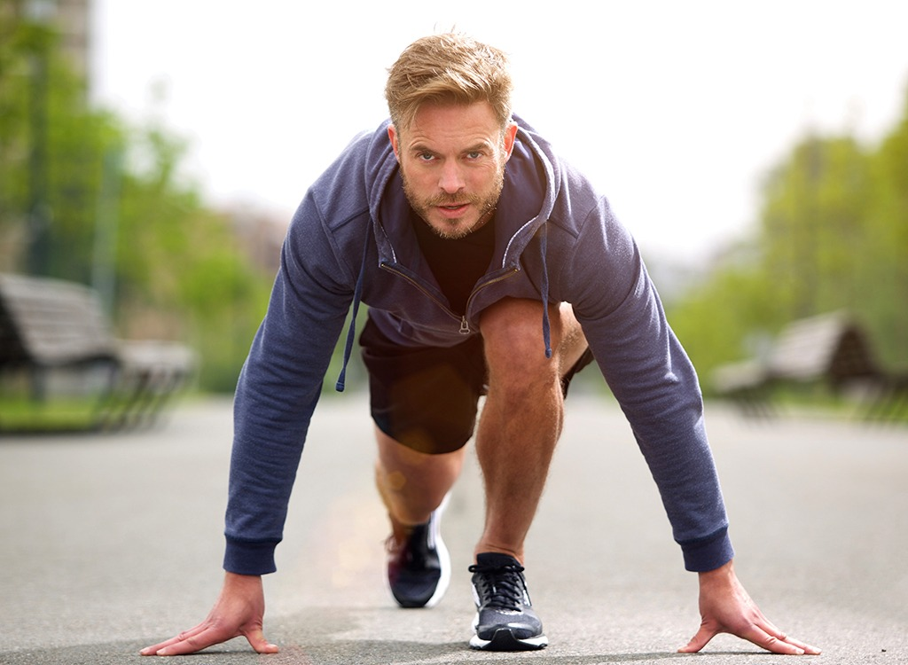 Tips for Men to Stay in Shape Through Middle Age