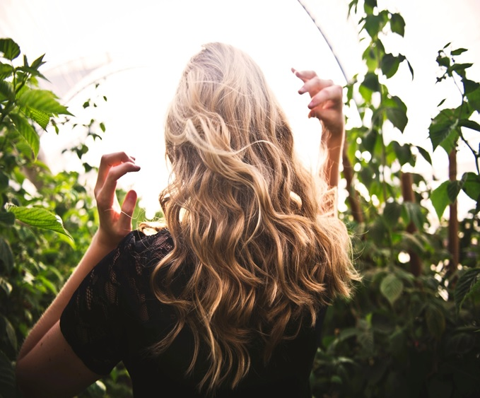 Hormones and Dandruff: What's the Link?