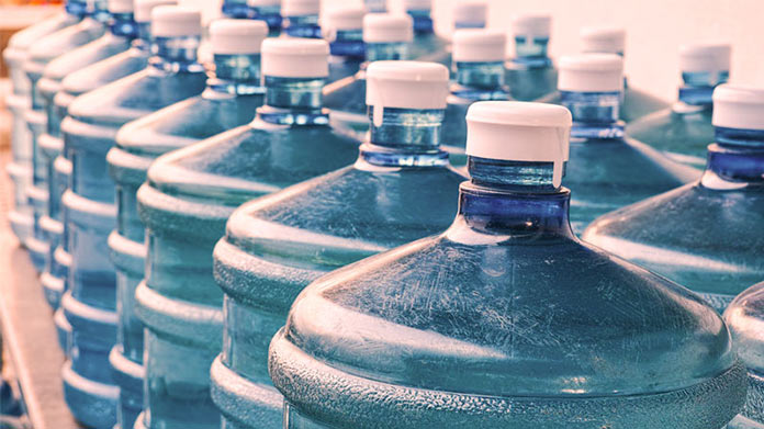 Top Tips to Choosing a Water Delivery Service for Your Home or Office