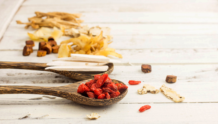 Using Herbs In Chinese Medicine Singapore Treatment